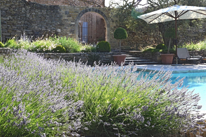 Poolside(1),Mas_Des_Vignes_Folles,Luxury_Farmhouse_In_Provence_France