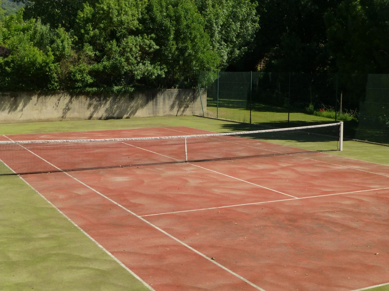Tennis_Court(0),Mas_Des_Vignes_Folles,Luxury_Farmhouse_In_Provence_France